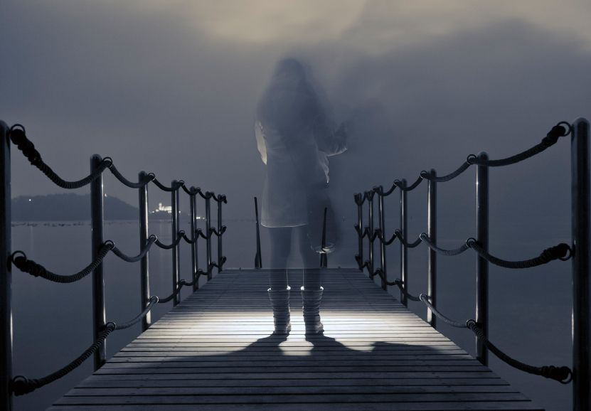 A Ghost at the Dock(er)